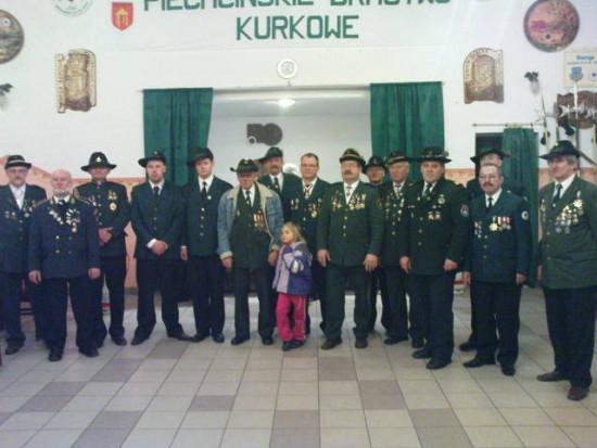 KBS Więcbork rozpoczęło dziś na strzelnicy w Piechcinie sezon strzelecki