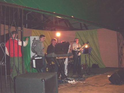 Zabawa w lasku miejskim w Więcborku w ramach intronizacji Króla KBS Więcbork Tomasza Bracka 2011 r.