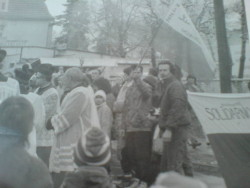 Jedna z wielu demonstracji niepodległościowych przeciw reżimowi komunistycznemu w Więcborku w latach 80-tych minionego stulecia