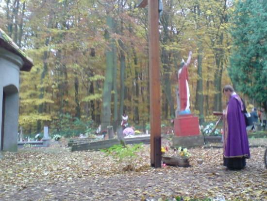 Cmentarz parafialny w Więcborku. foto Tomasz Bracka