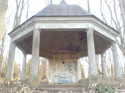 Grobowiec rodu Konkiel na cmentarzu parafialnym w Więcborku. foto Tomasz Bracka
