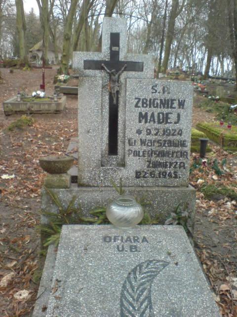 Mogiła zabitego przezUBP Żołnierza Wyklętego zAK Zbigniewa Madeja