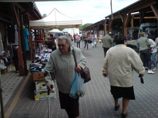 Targowisko miejskie w Więcborku. foto Tomasz Bracka