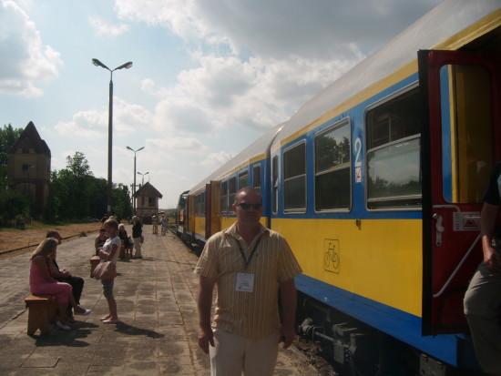Stacja PKP Więcbork 29.08.2015r. Na zdjęciu Tomasz Bracka patronat medialny imprezy
