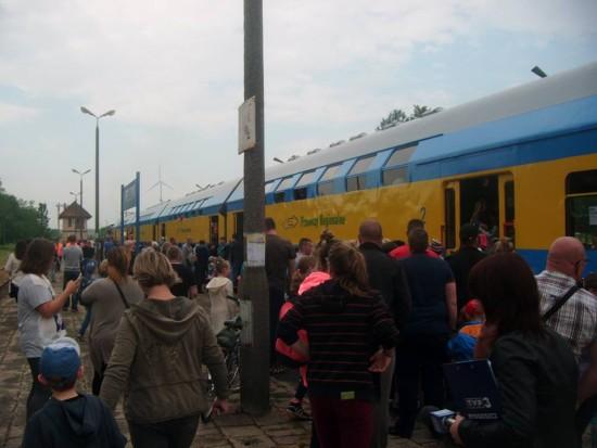 Pociąg osobowy relacji Chojnice - Więcbork - Nakło n/Not. - Kcynia na stacji PKP Więcbork 28.05.2016r. - fot Tomasz Bracka