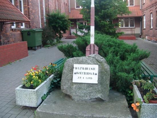 Jakie wyzwolenie postkomunistyczni radni i burmistrzowie PRL i III RP z Więcborka !!! foto Tomasz Bracka