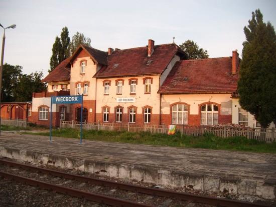 Dworzec PKP Więcbork do generalnego remontu w 2017 r. foto Tomasz Bracka