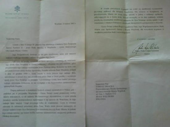 Dokument przyjęcia Honorowego Obywatelstwa Więcborka 23 marca 2002 r. z moich rąk przez Świętego Jana Pawła II, z błogosławieństwem dla mnie i moich współpracowników. pozdrawiam - Tomasz Roman Bracka