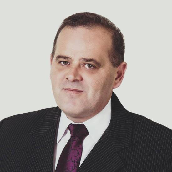 Tomasz Roman Bracka – polski polityk, działacz społeczny i samorządowiec kandydat na burmistrza Więcborka w 2018 roku