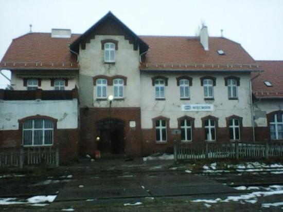 Remont dachu Dworca PKP Więcbork zakończony. Więcbork 27. 01. 2018 r. - foto Tomasz Roman Bracka