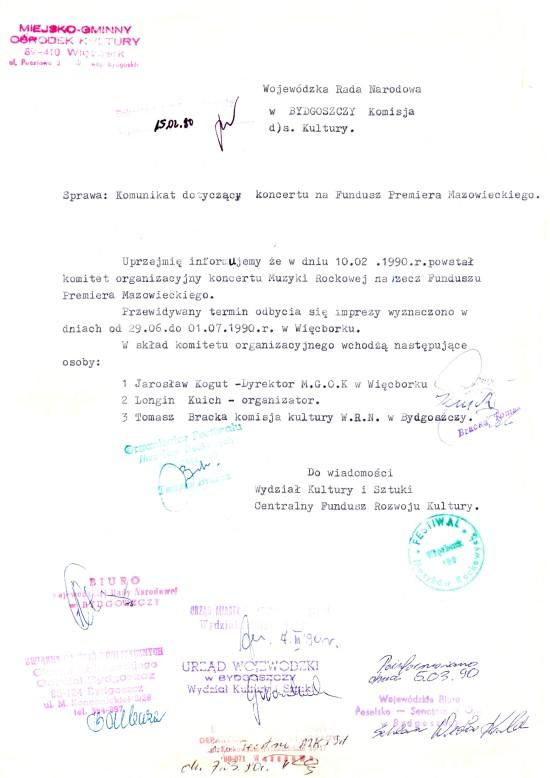 Byłem jedynym z poza Bydgoszczy przedstawicielem opozycji antykomunistycznej w Wojewódzkiej Radzie Narodowej w Bydgoszczy w 1989 r, co świadczyło o mojej bardzo wysokiej pozycji w wojewódzkiej opozycji antykomunistycznej w PRL. Załączony dokument podpisany przeze mnie do Premiera Mazowieckiego to poświadcza w sprawie festiwalu muzyków rockowych na rzecz funduszu Premiera Mazowieckiego, którego byłem współorganizatorem, a który to festiwal zablokowała nielegalnie Rada Miejska Więcborka – Tomasz Bracka