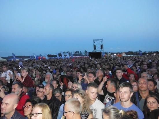 Koncert ,,Pokonaj Nawałnicę' z zespołem Dżem w Rytlu w rocznicę zeszłorocznej nawałnicy pod moim patronatem i gazety więcborskiej - foto Tomasz Roman Bracka