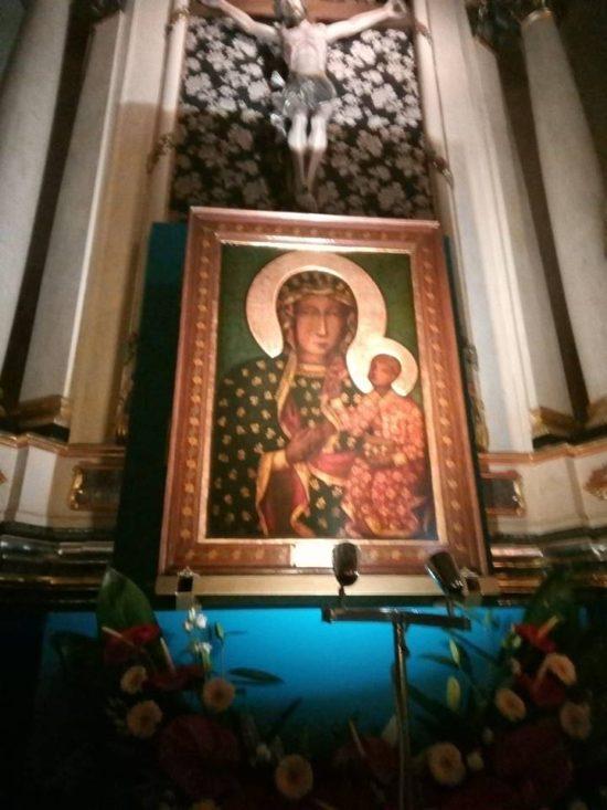 Rozpoczął się Apel Jasno Górski z Królową Polski z więcborskiego kościoła- foto Tomasz Roman Bracka