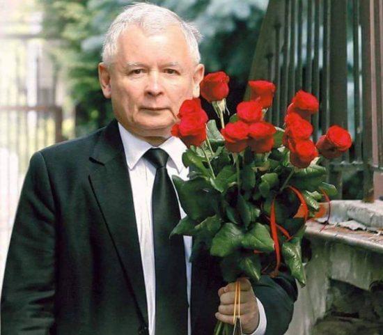 Premier Jarosław Kaczyński najwybitniejszy polski mąż stanu i jeden z najwybitniejszych polityków ówczesnego świata - Tomasz Roman Bracka