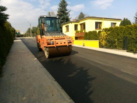 Ulica Orla w Więcborku, droga kategorii gminnej została wyremontowana po mojej skutecznej interwencji w PINB Sępólno Kr - foto Tomasz Roman Bracka