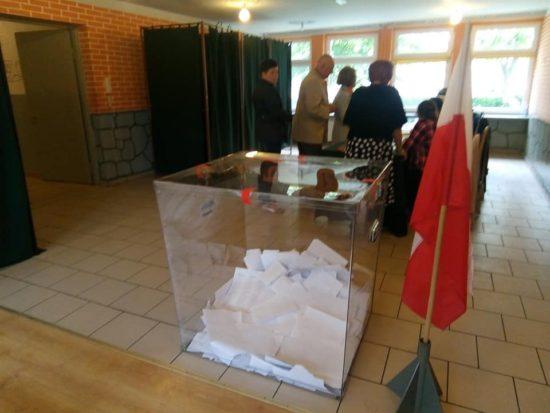Obwodowa Komisja Wyborcza nr 1 w Więcborku Eurowybory 2019 r. - foto Tomasz Roman Bracka Gazeta Więcborska
