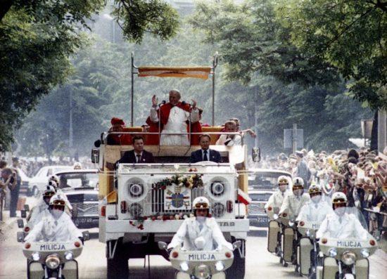 Jan Paweł II w Polsce 40 lat temu - foto PAP