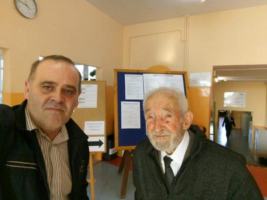 Moje dzisiejsze głosowani w wyborach parlamentarnych w Więcborku z 96 letnim kombatantem sybirakiem z Więcborka - Tomasz Roman Bracka