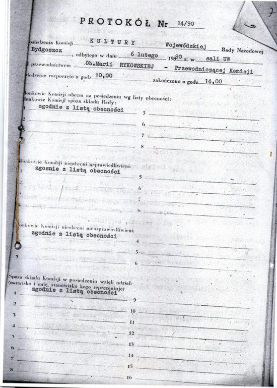 Byłem jedynym z poza Bydgoszczy przedstawicielem opozycji antykomunistycznej w Wojewódzkiej Radzie Narodowej w Bydgoszczy w 1989 r, co świadczyło o mojej bardzo wysokiej pozycji w wojewódzkiej opozycji antykomunistycznej w PRL.W załączeniu Protokół Nr 12/90 z Posiedzenia Komisji Kultury Wojewódzkiej Rady Narodowej w Bydgoszczy, której byłem członkiem i w którym to posiedzeniu uczestniczyłem - Tomasz Roman Bracka