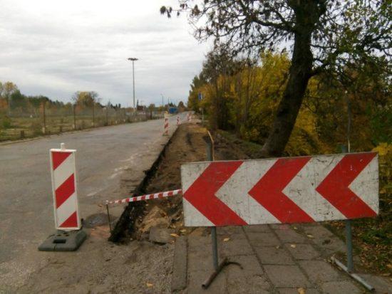 Trwa przebudowa ulicy Dworcowej w Więcborku, drogi kategorii gminnej wywołana po moich licznych interwencjach w PINB i WINB - foto Tomasz Roman Bracka