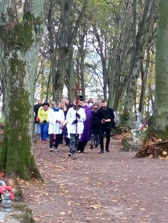 Wszystkich Świętych na cmentarzu parafialnym w Więcborku. foto Tomasz Roman Bracka