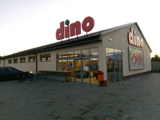 Nowy sklep Dino w Runowie Kr gmina Więcbork już otwarty - foto Tomasz Roman Bracka