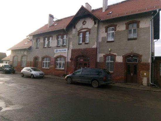 Ulica Dworcowa w Więcborku przebudowana w pierwszym etapie po wywołanych na mój wniosek nakazach pokontrolnych WINB Bydgoszcz i PINB w Sępólnie Kr - foto Tomasz Roman Bracka