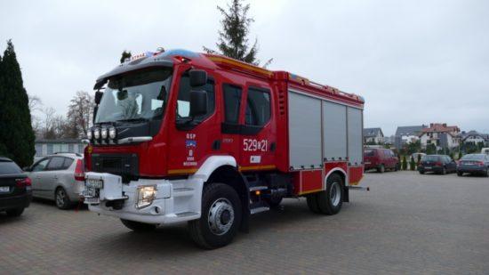 OSP Więcbork otrzymała nowy średni samochód ratowniczy marki VOLVO FL 280 4×4.