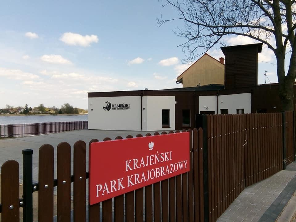Nowa siedziba Krajeńskiego Parku Krajobrazowego wWięcborku októrą skutecznie zabiegałem wUM wToruniu została wybudowana - foto Tomasz Roman Bracka