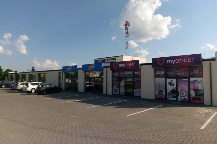 Nowe centrum handlowe w Więcborku przy ul. Gdańskiej.