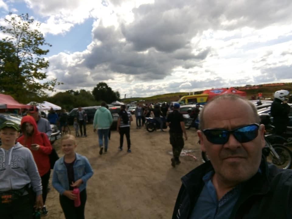 Trwają Mistrzostwa Polski wMotocrossie Więcbork 2020. Zawody odbywają się nawięcborskim torze motocrossowym naPlebance ipotrwają dogodz 18. Wszystkich zainteresowanych zapraszamy. foto Tomasz Roman Bracka