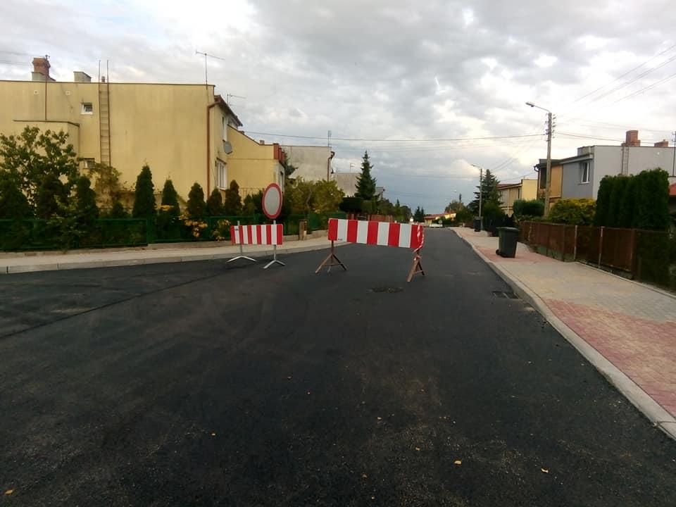 Przebudowa połowy ul Słonecznej wWięcborku dobiega końca – foto Tomasz Roman Bracka