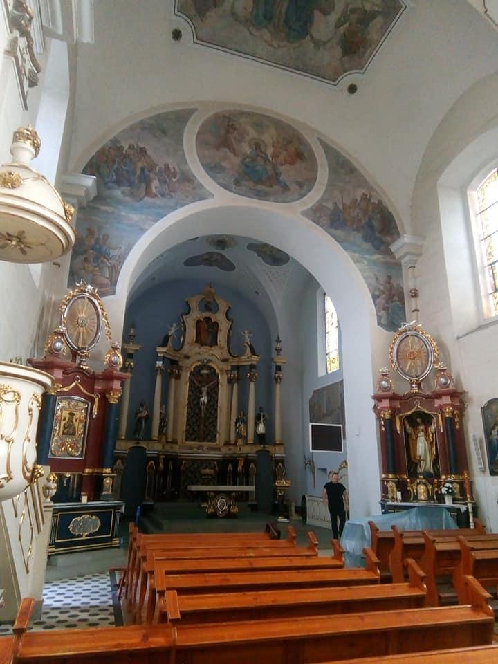 Dobiegł końca pierwszy etap prac malarskich zrenowacją fresków wkościele katolickim wWięcborku - foto Tomasz Roman Bracka