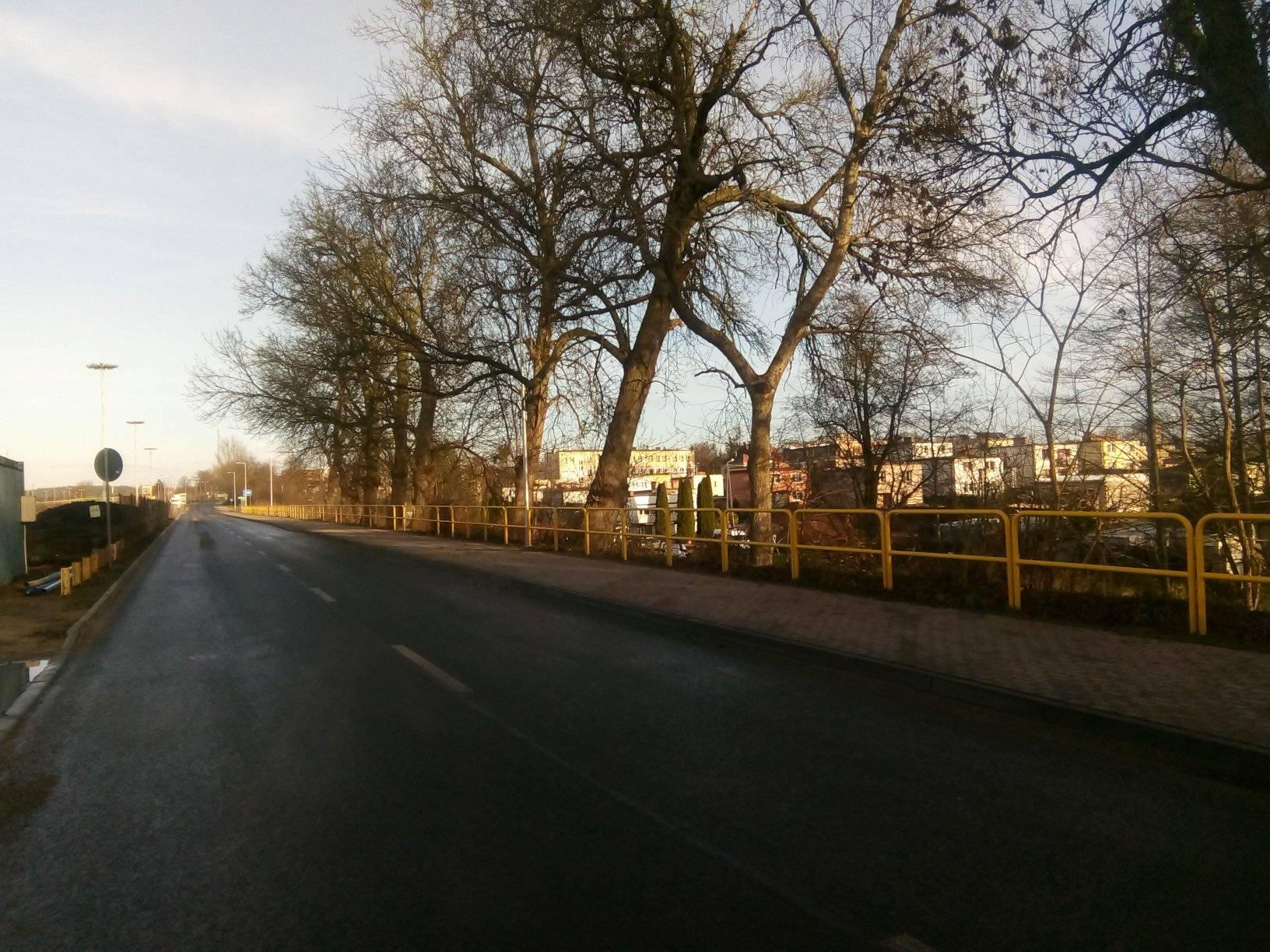 Nowe latarnie naulicach Dworcowej iKorczaka wWięcborku - foto Tomasz Roman Bracka