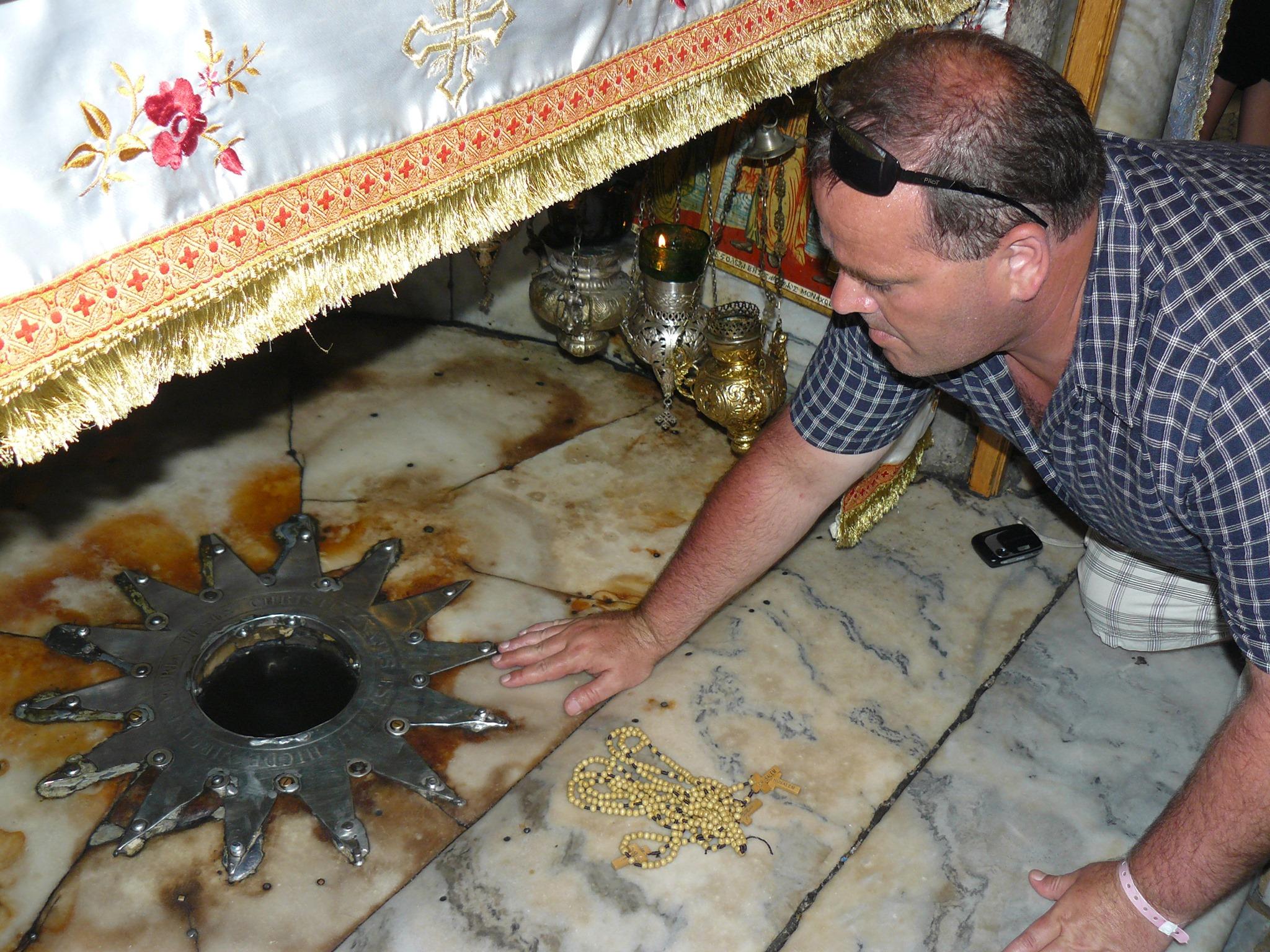 Na zdjęciu moja wizyta wBetlejem wPalestynie wmiejscu narodzin Jezusa Chrystusa. Tomasz Roman Bracka