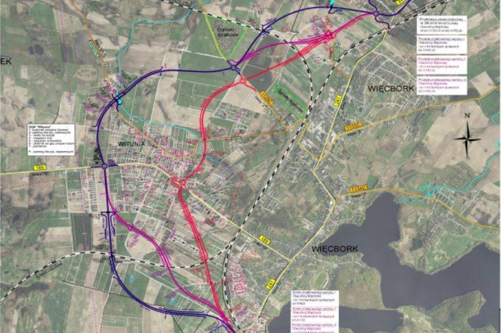 W załączonym linku za mapą przedstawiam warianty przebiegu wywalczonej przeze mnie w UM w Toruniu obwodnicy Więcbork z trzema rondami i wagą dla tirów z parkingiem.