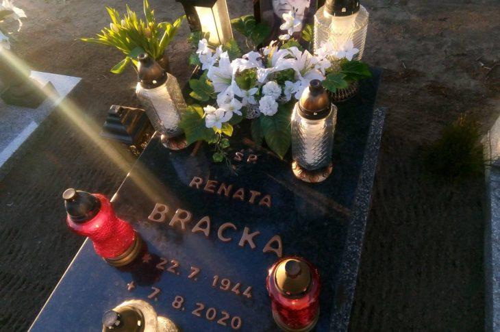 Na zdjęciu miejsce spoczynku Mamy śp Renaty Bracka na cmentarzu komunalnym w Więcborku - foto syn Tomasz Roman Bracka