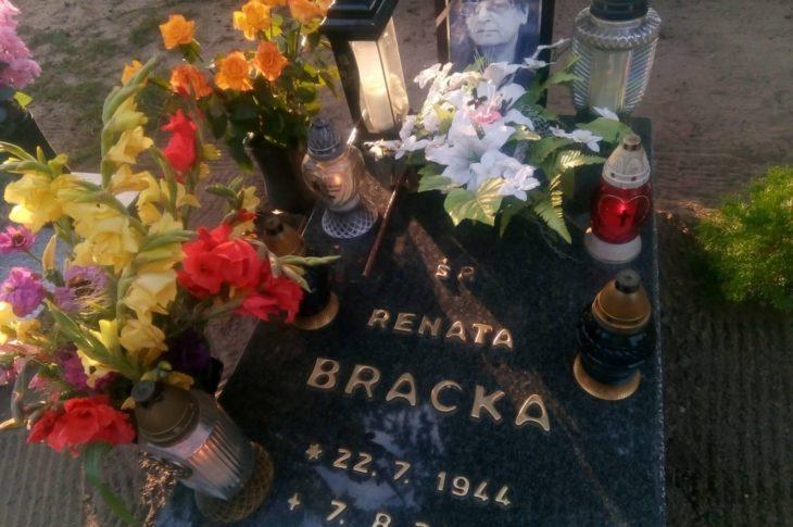 Dziś 11 sierpnia mija pierwsza rocznica pogrzebu mojej ukochanej Mamy ś.p. Renaty BRACKA, która spoczęła na cmentarzu komunalnym w Więcborku 11 sierpnia 2020 r.