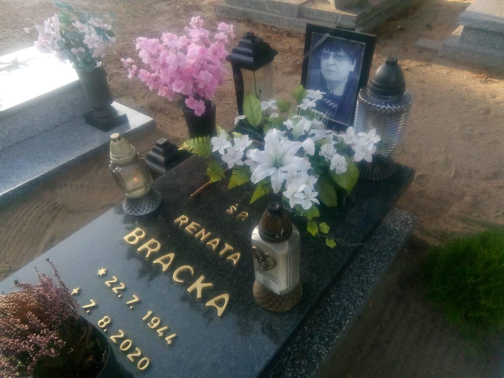 Miejsce spoczynku mojejukochanej Mamy ś.p. Renaty Braka nacmentarzu komunalnym wWięcborku- foto Tomasz Roman Bracka